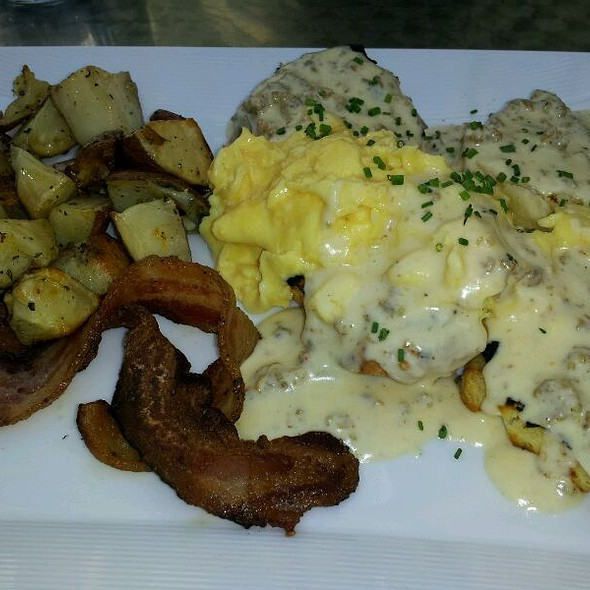 Biscuts And Sage/Sausage Gravy, Eggs, Bacon And Potatoes - Café Sebastienne, Kansas City, MO