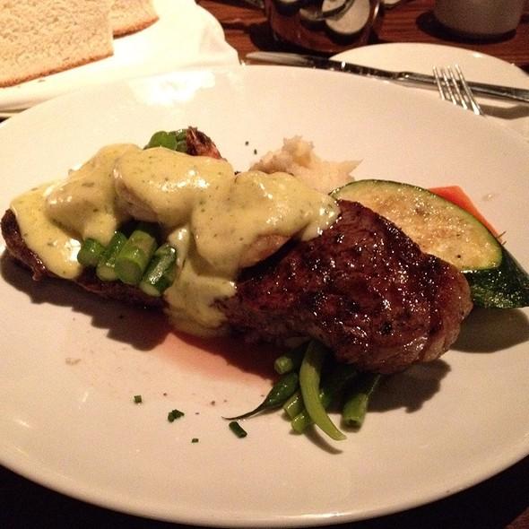 Steak & Shrimp Oscar - Hamilton Street Grill, Vancouver, BC