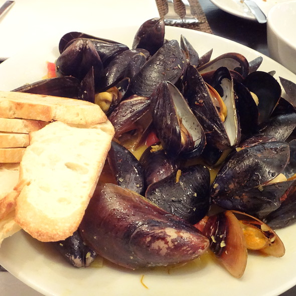 Mussels - Tallulah Crafted Food and Wine Bar at Renaissance Baton Rouge, Baton Rouge, LA