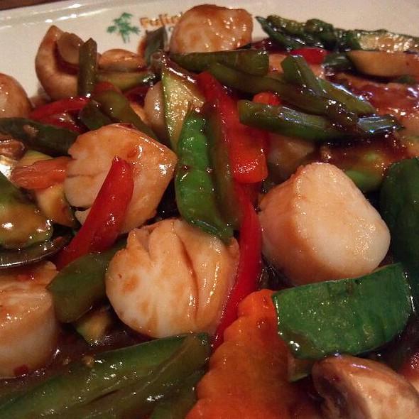 Fulins Asian Cuisine 42