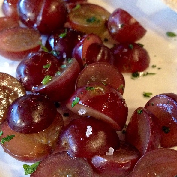 Mini Baked Brie - Grapes - Purple Cafe and Wine Bar - Woodinville, Woodinville, WA