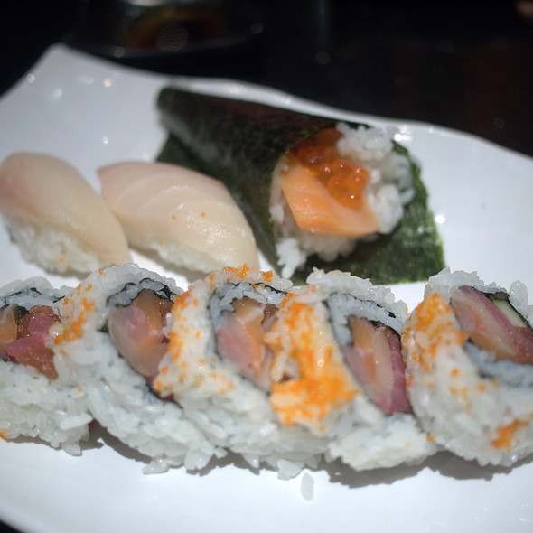 Sushi Roll and Nigiri - Sushi 88 & Ramen, Mountain View, CA