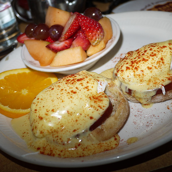 Lee's Eggs Benedict - Sears Fine Food, San Francisco, CA