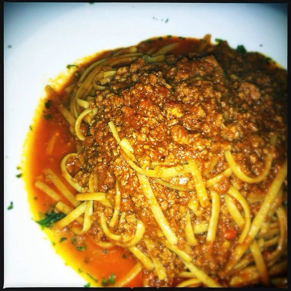 Spaghetti Bolagnese - Cafe Avanti Restaurant, Miami Beach, FL