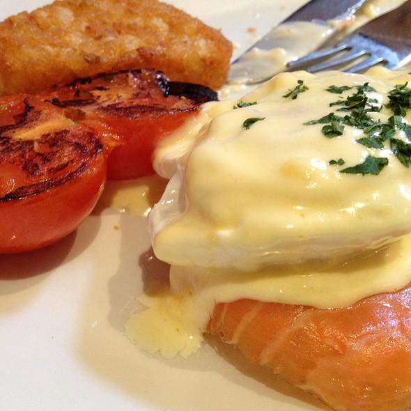 Eggs Royale - Battersea Grill, London
