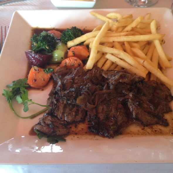 French Beef Lunch Special - Le Chat Noir, Washington, DC