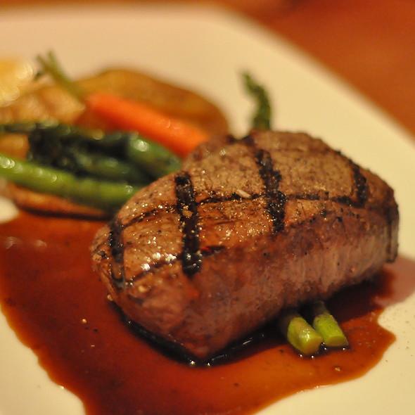 7oz Top Sirloin - Prestons Restaurant + Lounge, Vancouver, BC