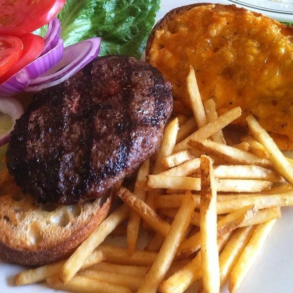 Farmbeef Burger - FARMbloomington, Bloomington, IN