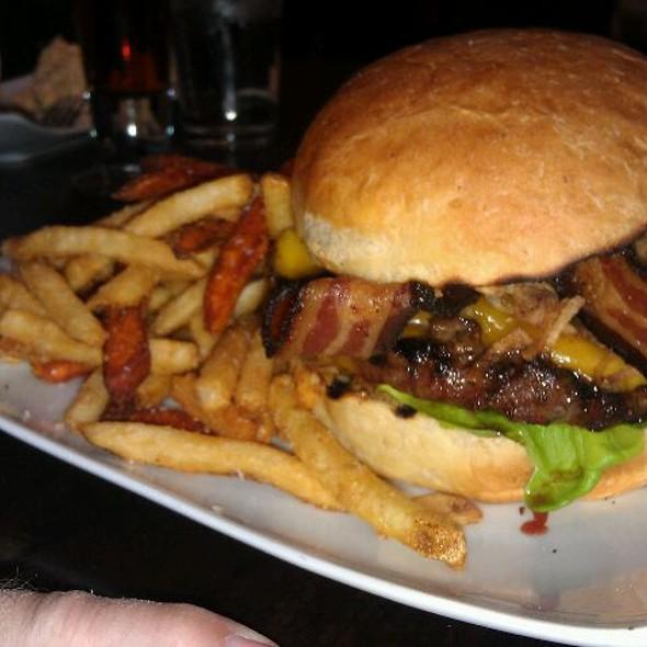 Vintage Burger - Vintage 95, Chandler, AZ