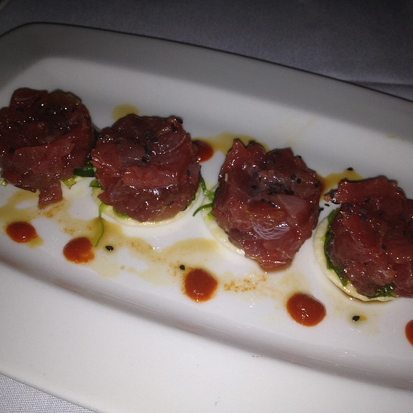Tuna Tartare - 22 Bowens Wine Bar and Grille, Newport, RI