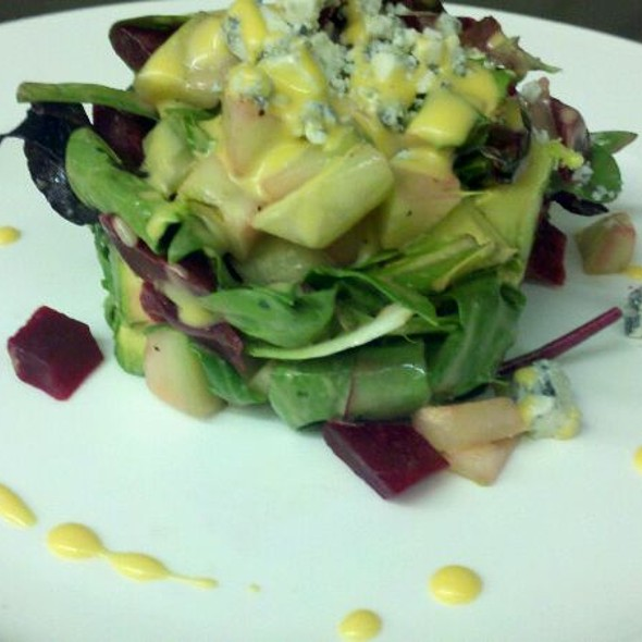 Baby Greens Chop Avocado Beets Gorgonzola Cheese French Dressing - La Catena, Bridgewater, NJ