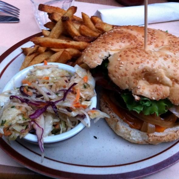 5 Napkin Burger - Le Boucan, Montreal, QC