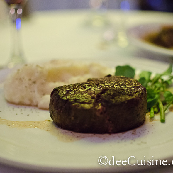 Petite Filet Mignon - Frankie & Johnnie's Steakhouse - Rye, Rye, NY