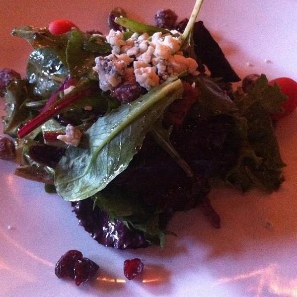House Salad - 800 Wilfs Restaurant & Bar, Portland, OR