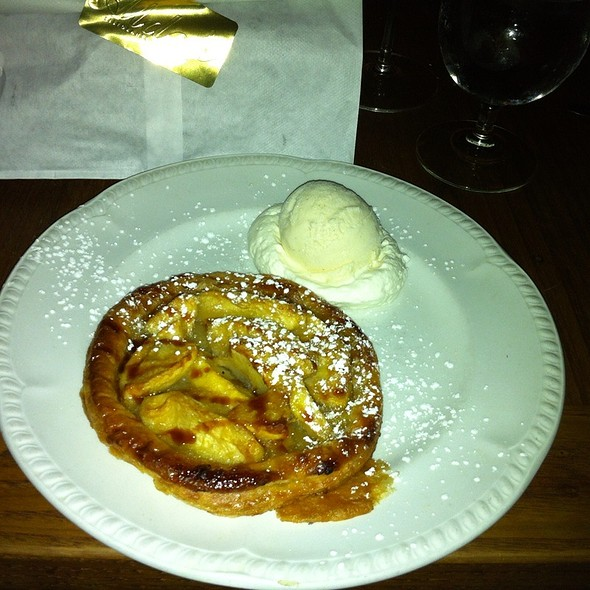 Warm Rustic Apple Tart - Aldo's, Baltimore, MD