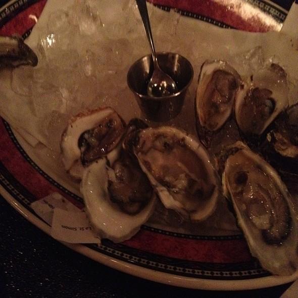 $1 Oyster Night Cant Goooo Wrong - Lento, Rochester, NY