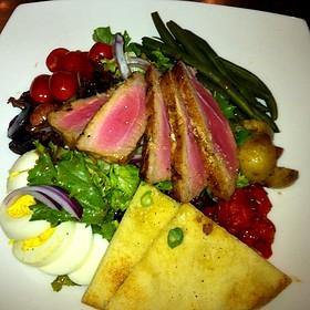 Ahi tuna - Posh at The Scranton Club, Scranton, PA