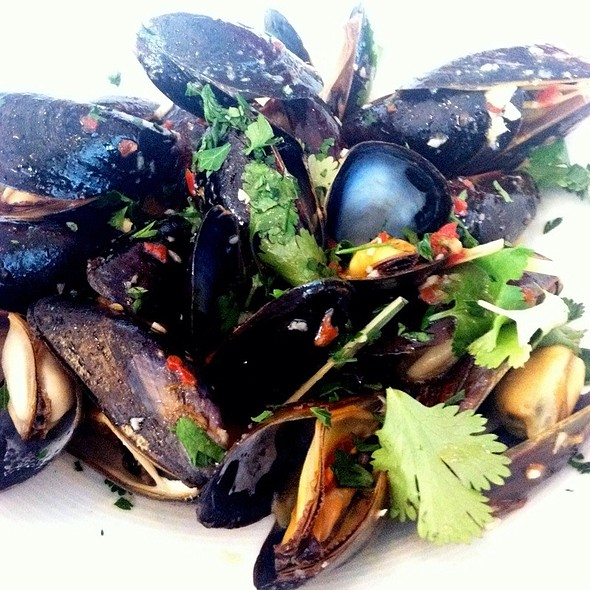 Bouchot Mussels - Latitude 41, Columbus, OH