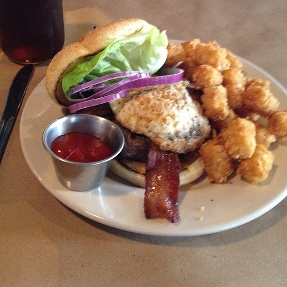 Henhouse Burger - The Local Eatery & Pub, Westfield, IN