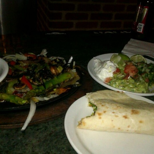 Vegetarian Fajitas With Homemade Tortillas - La Loma, Denver, CO
