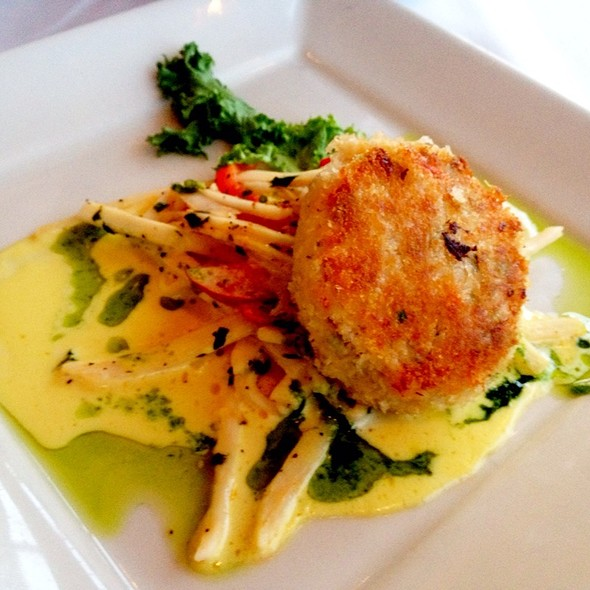 Dungeness Crabcakes - Chandler's Crabhouse, Seattle, WA