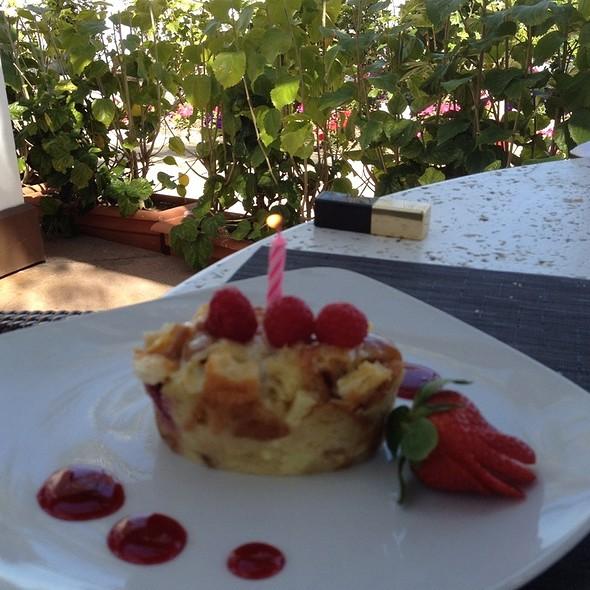 Raspberry Shortbread Cake - Blue Fire Grill at Omni La Costa Resort & Spa, Carlsbad, CA