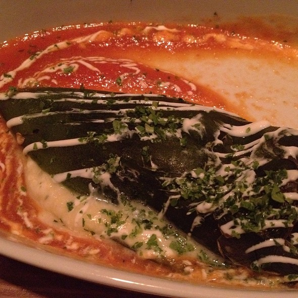 Chile Relleno - A Toda Madre, Glen Ellyn, IL
