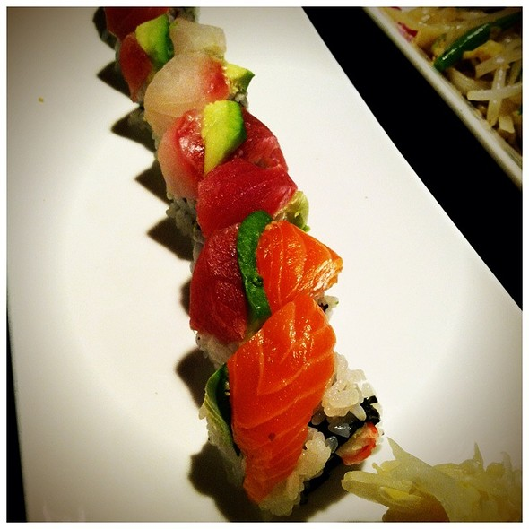 Rainbow Sushi Roll - Hanaro Restaurant and Lounge, Bethesda, MD