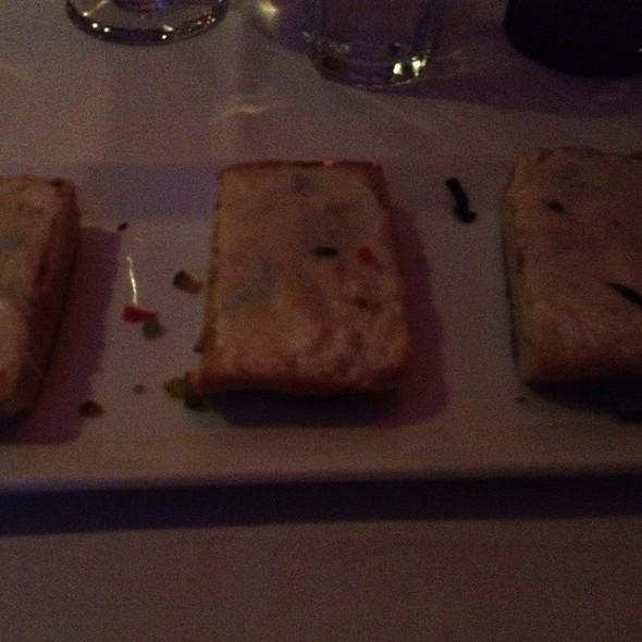 Pane Con Aglio - Ristorante Piccolo, Washington, DC
