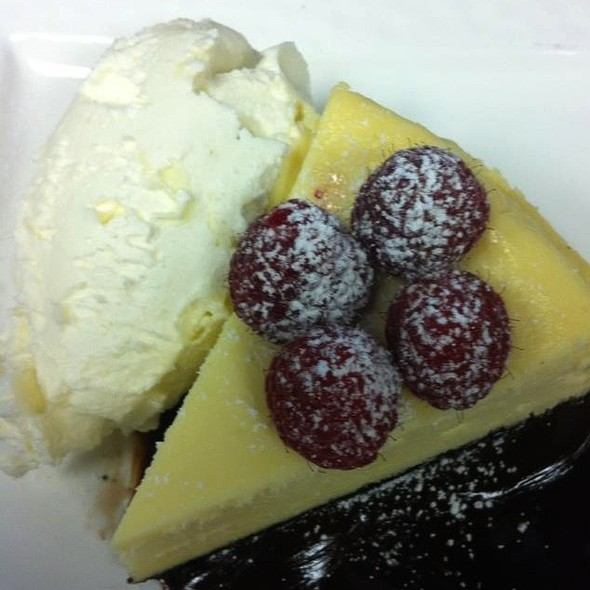 White Chocolate Cheese Cake - Lightfoot Restaurant, Leesburg, VA