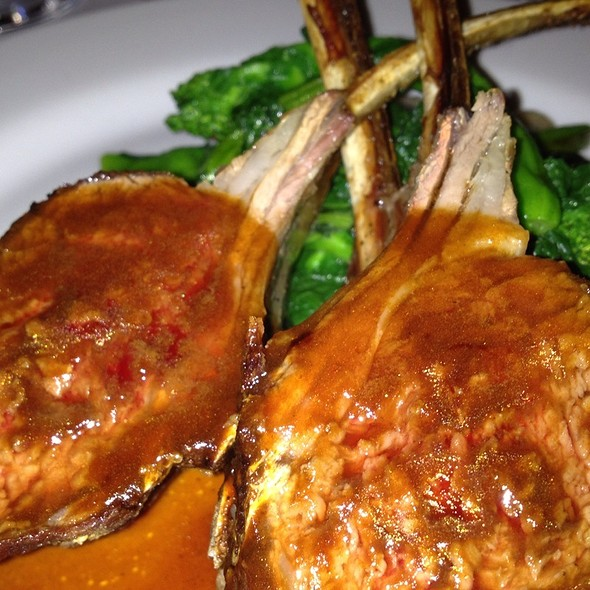 Baby Rack Of Lamb White Beans And Broccoli - Lavagna, New York, NY