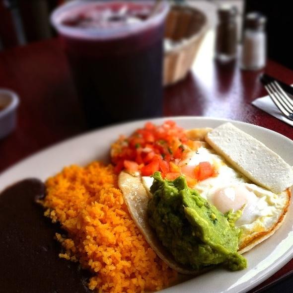 Huevos rancheros - Noche Mexicana, New York, NY