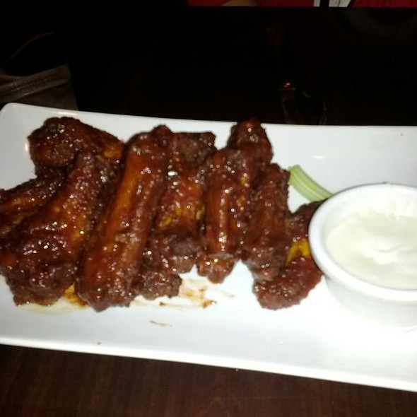 Raspberry Habenero Wings - Edison Ale House, Newark, NJ