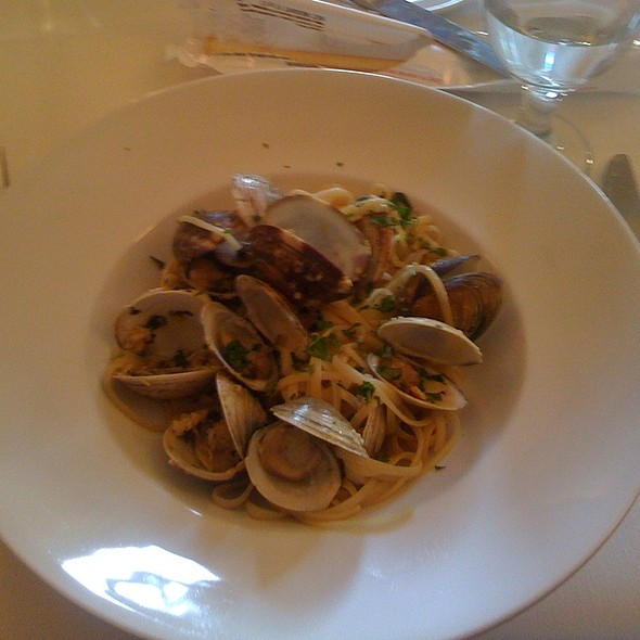 Linguini Vongole - Caffe Roma, Beverly Hills, CA