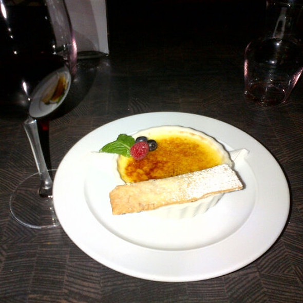 Creme Brulee - Oliver & Bonacini Cafe Grill, Blue Mountain, Blue Mountains, ON