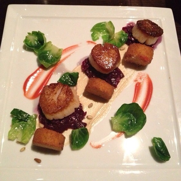 Scallops - Deuxave, Boston, MA
