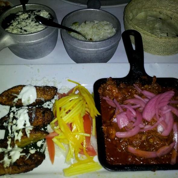 Carnitas el Cornhitos Piquil Tacos - Besito Mexican - Huntington, Huntington, NY