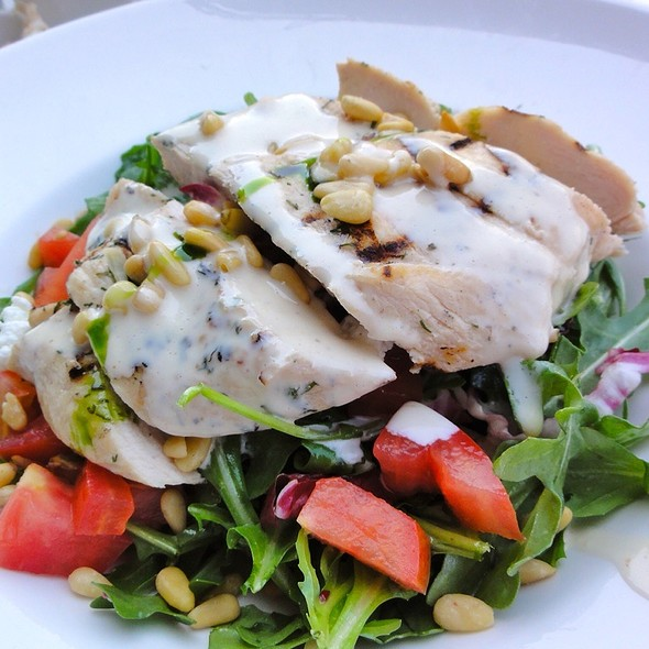 Grilled Chicken salad - Isabella's, New York, NY