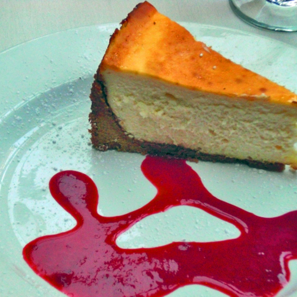 Cheese Cake with Raspberry Coulie - Cafe Soriah, Eugene, OR