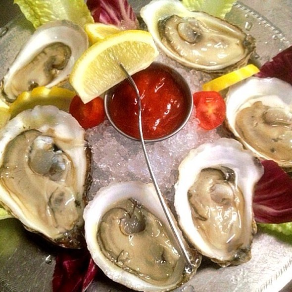 Oysters - The Wishing Well, Wilton, NY