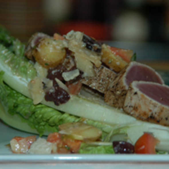 Tuna Nicoise Salad - Elliott's on Linden, Pinehurst, NC