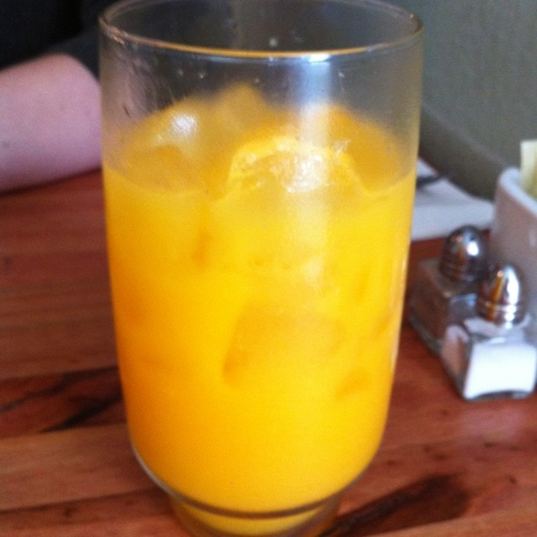 Fresh-squeezed Carrot and Orange Juice - The Park Restaurant, Los Angeles, CA