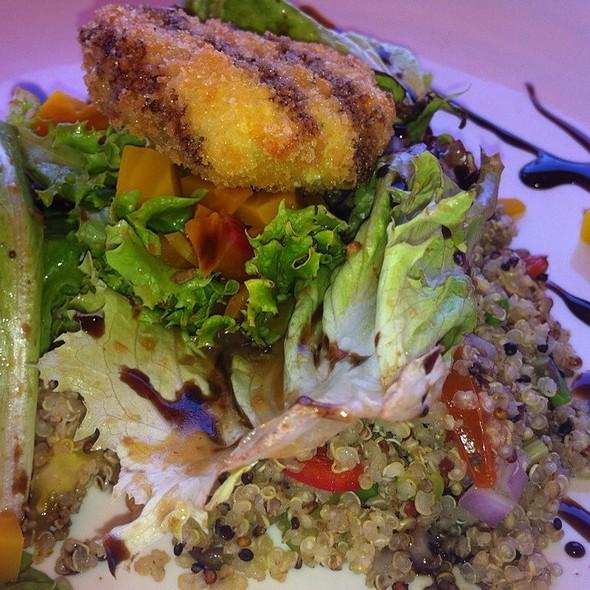 Quinoa Salad - Farm & Table, Albuquerque, NM