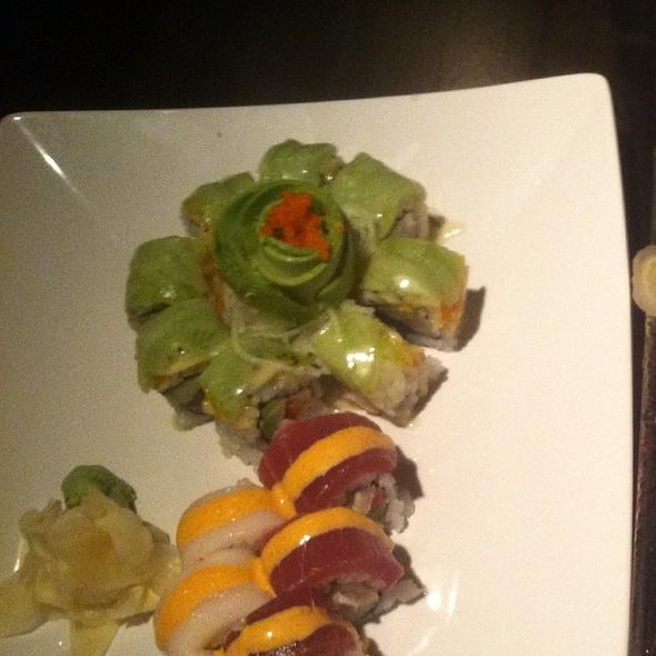Kiwi Roll - Gekko Sushi - Atlanta, Atlanta, GA