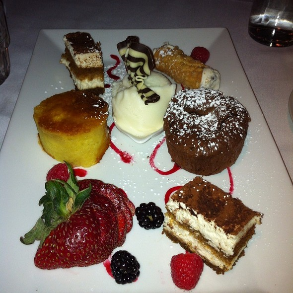 Dessert Sampler - La Galleria 33, Boston, MA