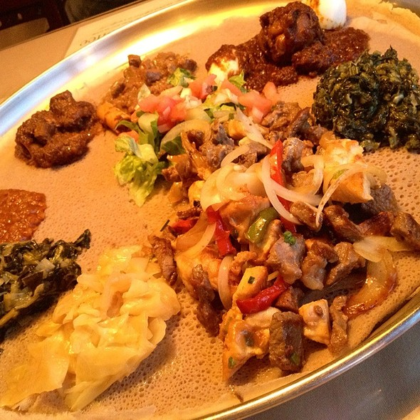 Ethiopian Combination Platter - Ethiopian Diamond, Chicago, IL