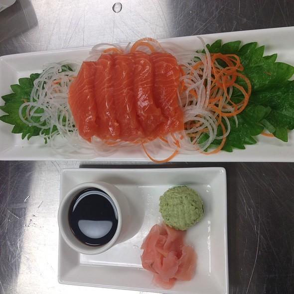 Salmon Sashimi - 13moons, Anacortes, WA