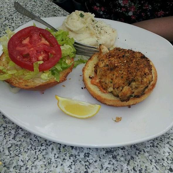 Bonefish Grill Crab Cake Sandwich