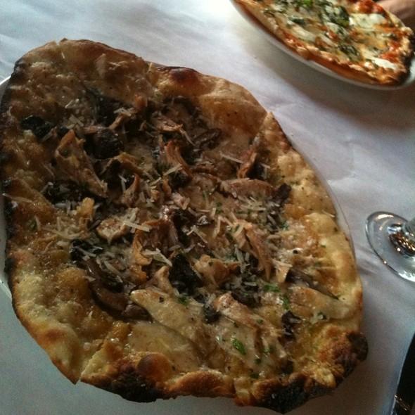 Pizza - Pomodoro East, Nashville, TN