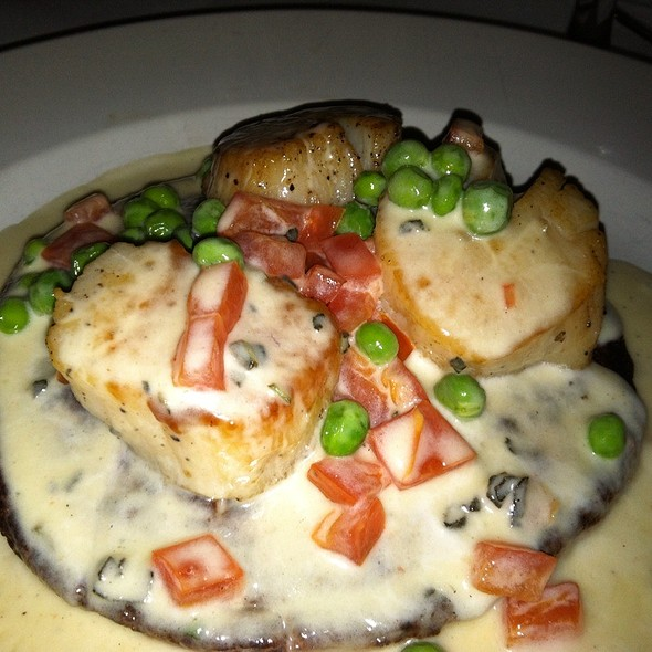 Seared Sea Scallops W/ A Potato & Scallion Pancake, English Peas And Lemon Butter - Geranio, Alexandria, VA